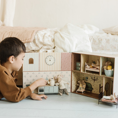 The Gift of Pretend Play